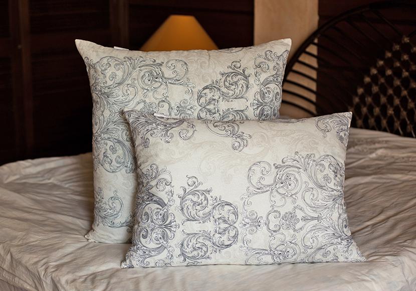 pillow_classics